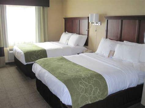 comfort suites columbia mo comfort suites columbia area columbia