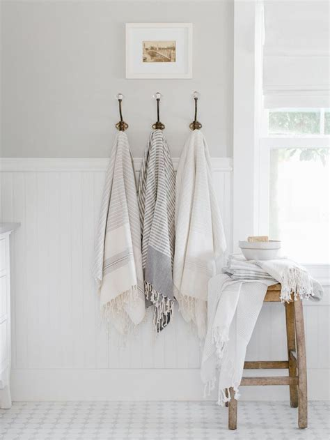 bathroom towels ideas 25 best ideas about bathroom towels on