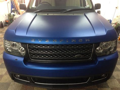 range rover vogue vinyl wrapped matte metallic blue