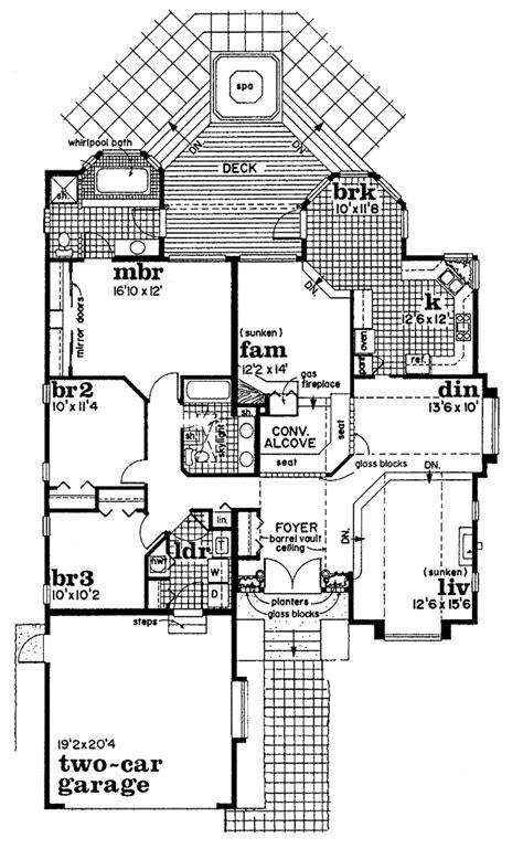 contemporary style house plan beds baths sqft plan floorplanscom