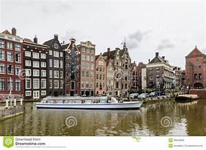 Arrosez Le Canal Avec Le Bateau Guid De Tourisme