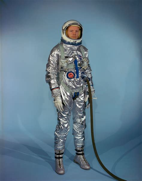Neil Armstrong Space Suit Smithsonian (page 2) - Pics ...