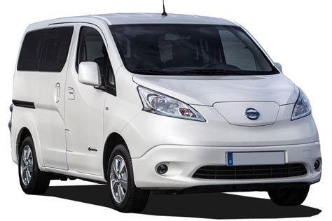 nissan  nv combi mpv  review carbuyer