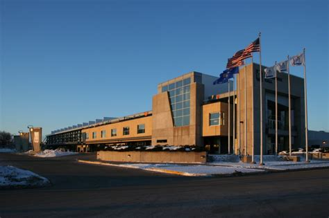 File:Alliant Energy Center Exposition Hall exterior.jpg ...