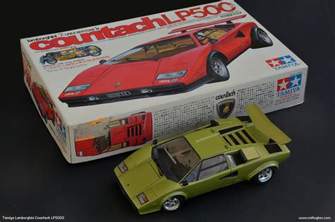 Tamiya Lamborghini Countach LP500s 1/24 scale. Photographs.