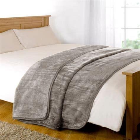 jeter de canape fausse fourrure couverture lit jeter canapé doux molleton