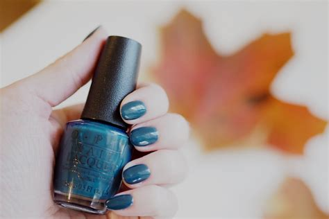 Opi Cia = Colour Is Awesome