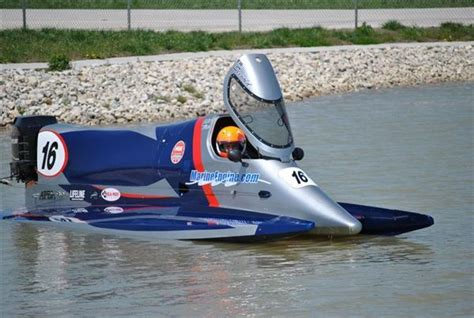 Boat Driving Tips For Inboard And Outboard by Johnson Outboard Race F1 Autos Post