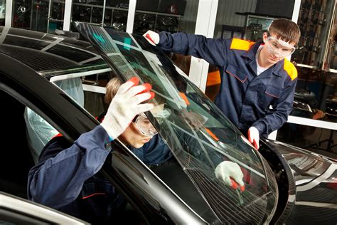 How Much Does It Cost To Replace A Windshield? Glasscom