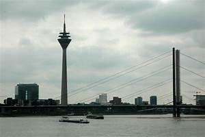 La Mesa De Luz Tres Horas En Dusseldorf