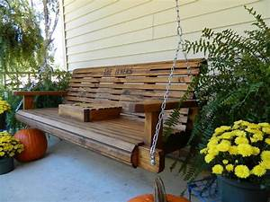 5ft Handmade Southern Style Round Faced Wood Porch Swing