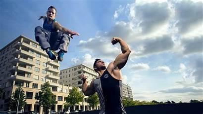 Parkour Freerunning Bodybuilder