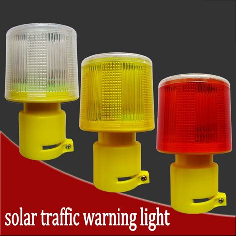 solar powered traffic light led solar safety signal beacon