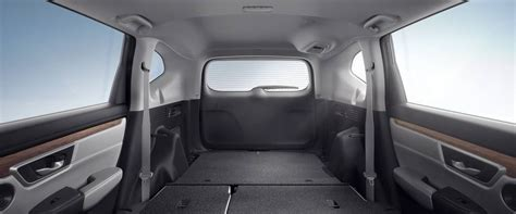 Crv Interior Space by How Much Space Is There Inside The New 2018 Honda Cr V