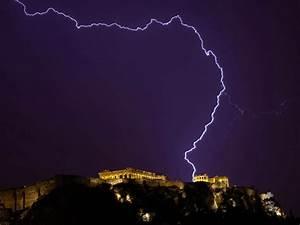 Lightning Strike Injures 4 People At The Acropolis  U2013 Greek