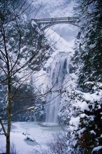 Columbia River Gorge Multnomah Falls Oregon Winter