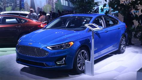 2019 Ford Fusion Hybrid, Sport, Release Date, Price