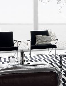 Saba Italia Händler : super hella sessel von misura emme architonic ~ Frokenaadalensverden.com Haus und Dekorationen