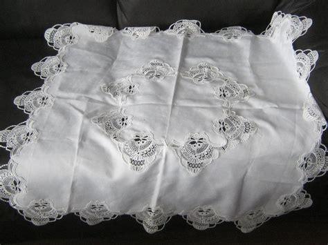 matching valance curtain and tablecloth outside nanaimo