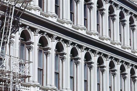 How Is Cast Iron Used In Architecture?
