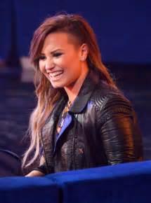 Demi Lovato Half Shaved Hair