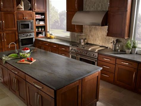 kitchen countertop ideas  oak cabinets home slate