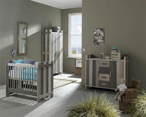 chambre bebe gris blanc décoration chambre bébé gris et blanc bébé et décoration