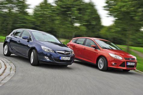 Ford Opel by Kompakte Im Vergleich Der Ford Focus Tritt Gegen Den Opel