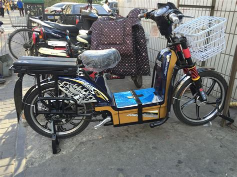 Electric Bikes & Scooters In China