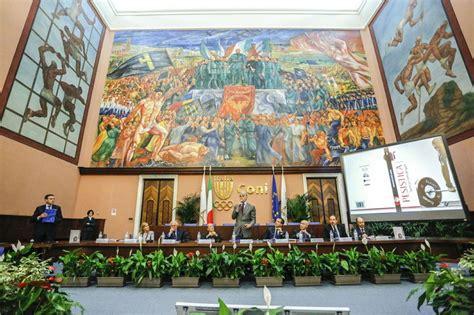 Sede Coni Roma Presentato Al Salone D Onore Coni Il Libro