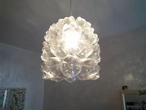Lampenfassung Für Flaschen : das fl scht eine lampe aus pet flaschen ~ Frokenaadalensverden.com Haus und Dekorationen
