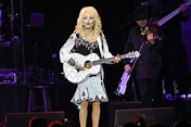 Dolly Parton praised for contributing funds to promising ...