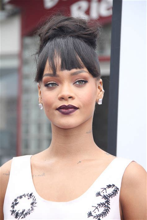 rihanna measurements height weight bra size age affairs
