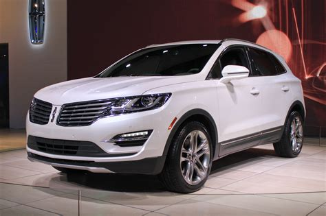 2018 Lincoln Mkc Compact Crossover Pioneers New Ecoboost