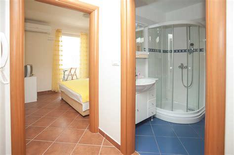 ceramic tiles bathroom wonderful home design