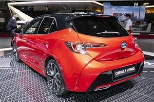 Toyota Yaris Dynamic Business : toyota corolla 2019 prix et quipements de la berline hybride toyota auto evasion forum ~ Medecine-chirurgie-esthetiques.com Avis de Voitures