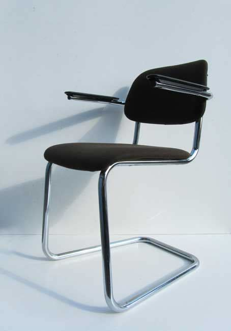 buisframe stoel gispen de wit buisframe stoel bureaustoel sledestoel