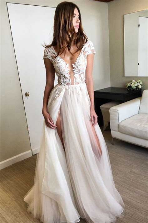 Best 25+ White prom dresses ideas on Pinterest | Prom dresses two piece Beautiful white dresses ...