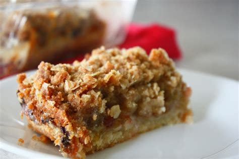 rhubarb crisp rhubarb crisp bars tasty kitchen a happy recipe community