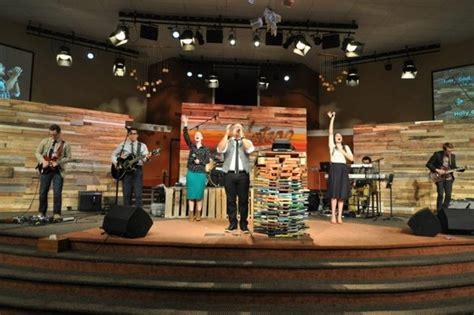 vintageness church stage design ideas