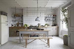 20 idees deco pour une cuisine grise deco coolcom for Idee deco cuisine avec cuisine avec carrelage gris clair