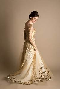 dramatic bridal styling in red white and gold hey With golden dresses for a wedding