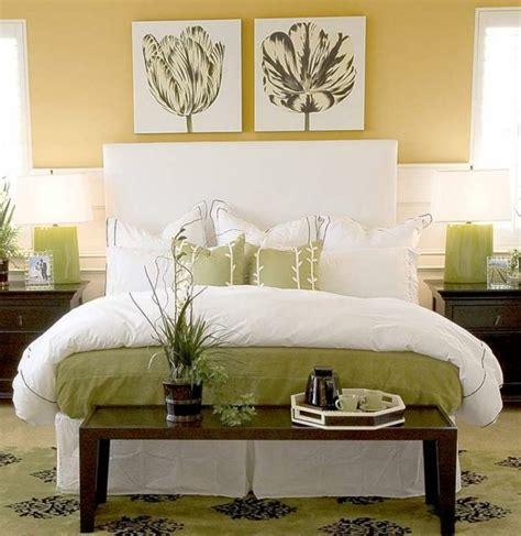 decoration chambre peinture murale peinture murale jaune meilleures images d inspiration pour votre design de maison