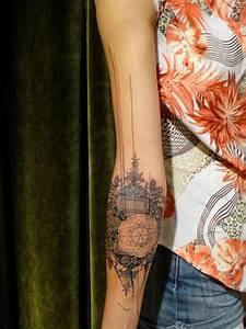 Idée De Tatouage Femme : tatouage bras et avant bras en 50 id es hommes et femmes ~ Melissatoandfro.com Idées de Décoration