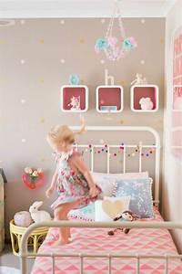 Kinderzimmer Wandgestaltung Ideen : kinderzimmer gestalten kreative ideen in farbe ~ Sanjose-hotels-ca.com Haus und Dekorationen