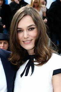 Keira Knightley Chanel : keira knightley at chanel lupita won paris fashion week too plus more front row beauty ~ Medecine-chirurgie-esthetiques.com Avis de Voitures