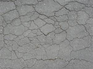road with cracking texture 0035 - Texturelib