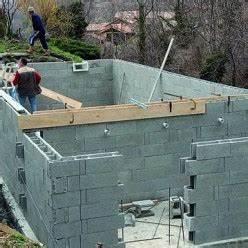faire soi meme une piscine en bloc beton a bancher With construire sa piscine en bloc a bancher