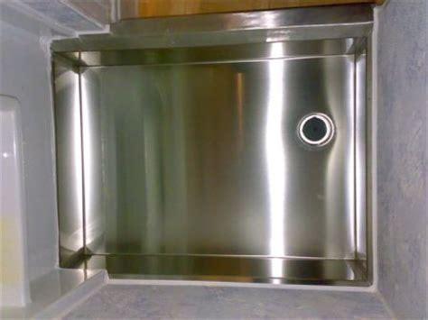 piatto doccia inox una soluzione definitiva per il bagno