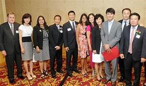 Park Chan Ho receives an award from KHEIR – The Korea Times